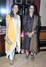 Kajol, Juhi Chawla, Hema Malini and Rahul Bose @ Tanisha Mukherjee's Play 'The Verdict' Premiere