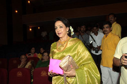 hema-malini-at-shlok-album-soundaryalahari-launch-18