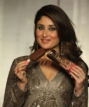 Kareena Kapoor @ Launche of Magnum Ice-Cream at Bungalow 9, Mumbai
