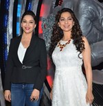 Madhuri Dixit and Juhi Chawla @ Promote Gulaab Gang On Boogie Woogie Dance Show