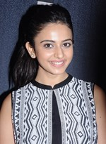 Actress Rakul Preet Singh @ 'Ennamo Edho' Movie Press Meet