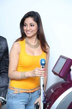 Actress Shilpi Sharma @ 'Alma Soprano Pro Diode' Machine Launch